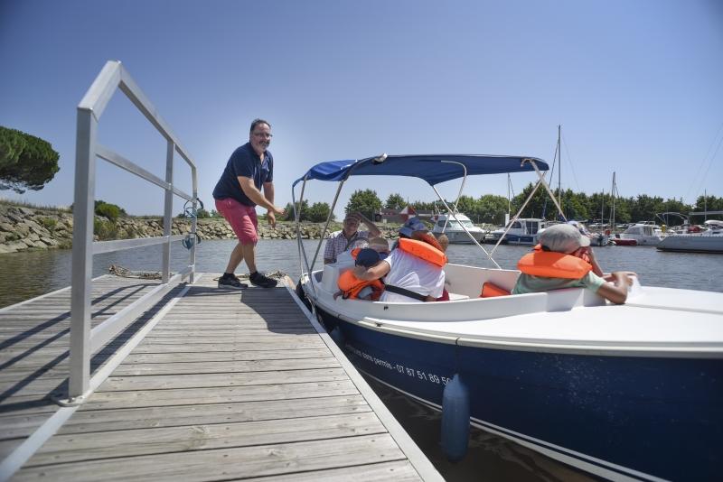 Promenade privatisée en bateau électrique